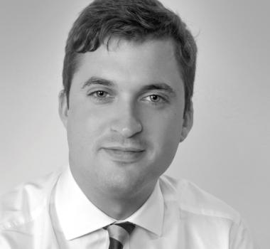 Douglas Pinteau Profile