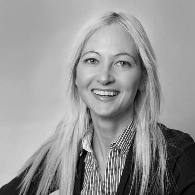 Lindsay Hinrichsen Profile